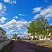 Дорога на автовокзал, справа полиция., Тетюши