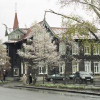 ligna domo en Tomsk, Томск