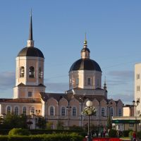 Собор в лучах заходящего солнца, Томск