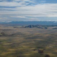 Гора Улуг Бай-Дог (1278 м) и хребет Восточный Танну-Ола, Самагалтай