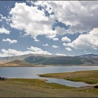 озеро Ак-Холь, Тээли