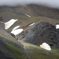 снежники на склоне, Тээли