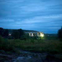 Алексин у моста ночью, Алексин