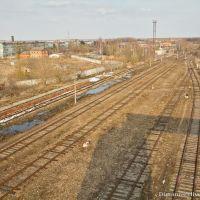 Остатки нефтехранилищ (слева), Арсеньево