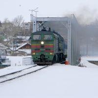 Пассажирский поезд Санкт-Петербург - Адлер на мосту через реку Красивая Меча, Ефремов