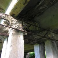 Мост через Нюховку, развалился ригель опоры, Ленинский