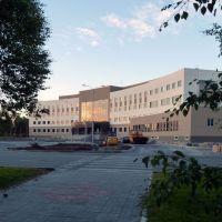 Строящееся здание Администрации города. (Building under construction City Administration)., Когалым