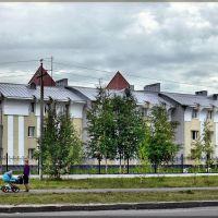 """Ул. Гагарина. Детский дом """"Светозар"""", Нефтеюганск"""