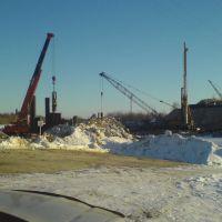 строят мост2, Радужный
