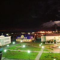 Центр ночью, Упорово