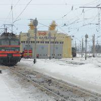 ВЛ11-163(СМЕ) ЧС4Т и другие локомотивы, Балезино