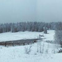 Вид от д.Эрестем в сторону Геоцентра. Первый снег., Устинов