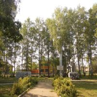 Памятники, Юкаменское
