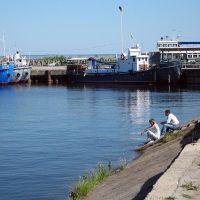 В речном порту, Игнатовка