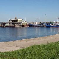 В речном порту, Ульяновск