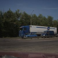 Сине-белые автомобили и знак (12 авг. 2008)., Аксай
