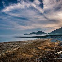 Сельдевая икра, выброшенная морем на берег, Биракан