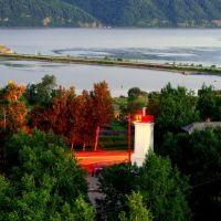 Вечер, улица, маяк... (evening, street, lighthouse... view on the Amur river from Nikolaevsk-on-Amur Russia), Николаевск-на-Амуре