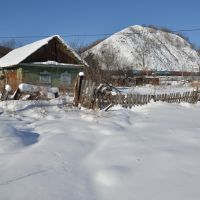 Obluchye (2013-02) - Old house in winter time, Облучье