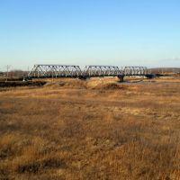 Мост на речке Кия. Фото с поезда, Переяславка