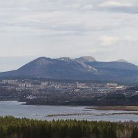 Taganay Ridge in the Ural mountains and Zlatoust city in front, Бреды