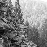 Вид со скалы на полуострове в пруду, Сим