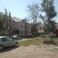 Старый дворик, (13,08,2011), Южно-Уральск