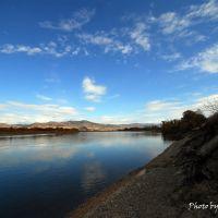 Хөндлөнхөн урсдаг Сүхээ гол, Жиндо