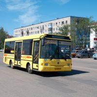 Автобус ПАЗ-3237-03 гос.номер ао 579/21 на ул. Железнодорожной / Bus PAZ-3237-03 on the Zeleznodorojnaya street near the railway station (12/07/2011), Канаш