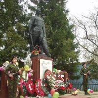 """Памятник воину-победителю. Команда""""WINNER"""", Урмары"""