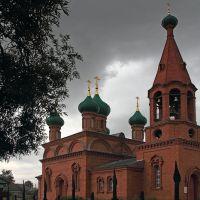 Тучи над храмом.   с.Комсомольское, Шемурша