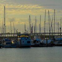 Marina View Sunset, Гладстон