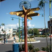 Cairns Downtown, Signpost, May 2003, Каирнс
