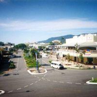 Cairns - McLeod St & Shields St, Каирнс