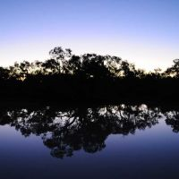 Evening on the Thomson River at Longreach, Маунт-Иса