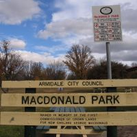 The MacDonald Park Sign, Армидейл