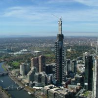 Eureka Tower during construction 2005, Мельбурн