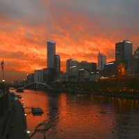 Melbourne sunset over the Yarra River, Мельбурн