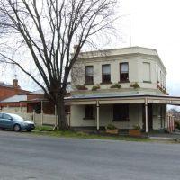Clarendon House, Cnr Clarendon & Ligar Sts, Soldiers Hill, Ballarat, Victoria, Балларат