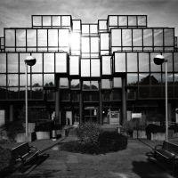 Palais de Justice dArlon, Symétrie Centrale en Noir et Blanc, Арлон