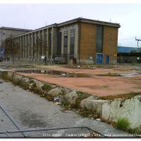 La Gare de Mons de l'angle de l'ancien bâtiment de la Poste, aujourd'hui rasé., Монс
