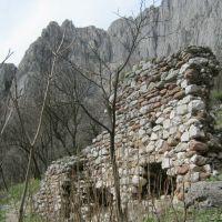 Останки от крепостна  стена   Remains of wall, Враца