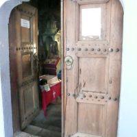 Старите врати и следите от ятаганите..., Ловеч