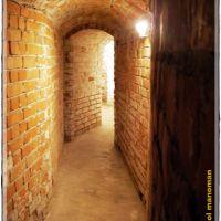 """Римска гарнизонна крепост """"Сексагинта Приста"""" - Посетителски център, лабиринтова зала с артефакти, Русе"""
