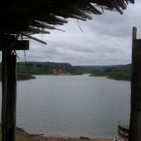 Na barragem, Кахиас