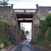 Antiga viaduto sobre a linha do oeste da EFOM, Барбасена