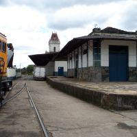 Parte da estação ferroviária de Barbacena que servia a E.F.O.M quando aqui chegava, Барбасена