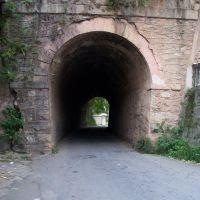 Boca norte do pequeno túnel da E.F.O.M. em Barbacena, Барбасена