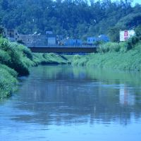 Vista da ponte sobre o rio Sapucaí, Итажуба