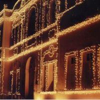 Prédio da Cemig ornamentado para o Natal - By Pehla, Теофилу-Отони
